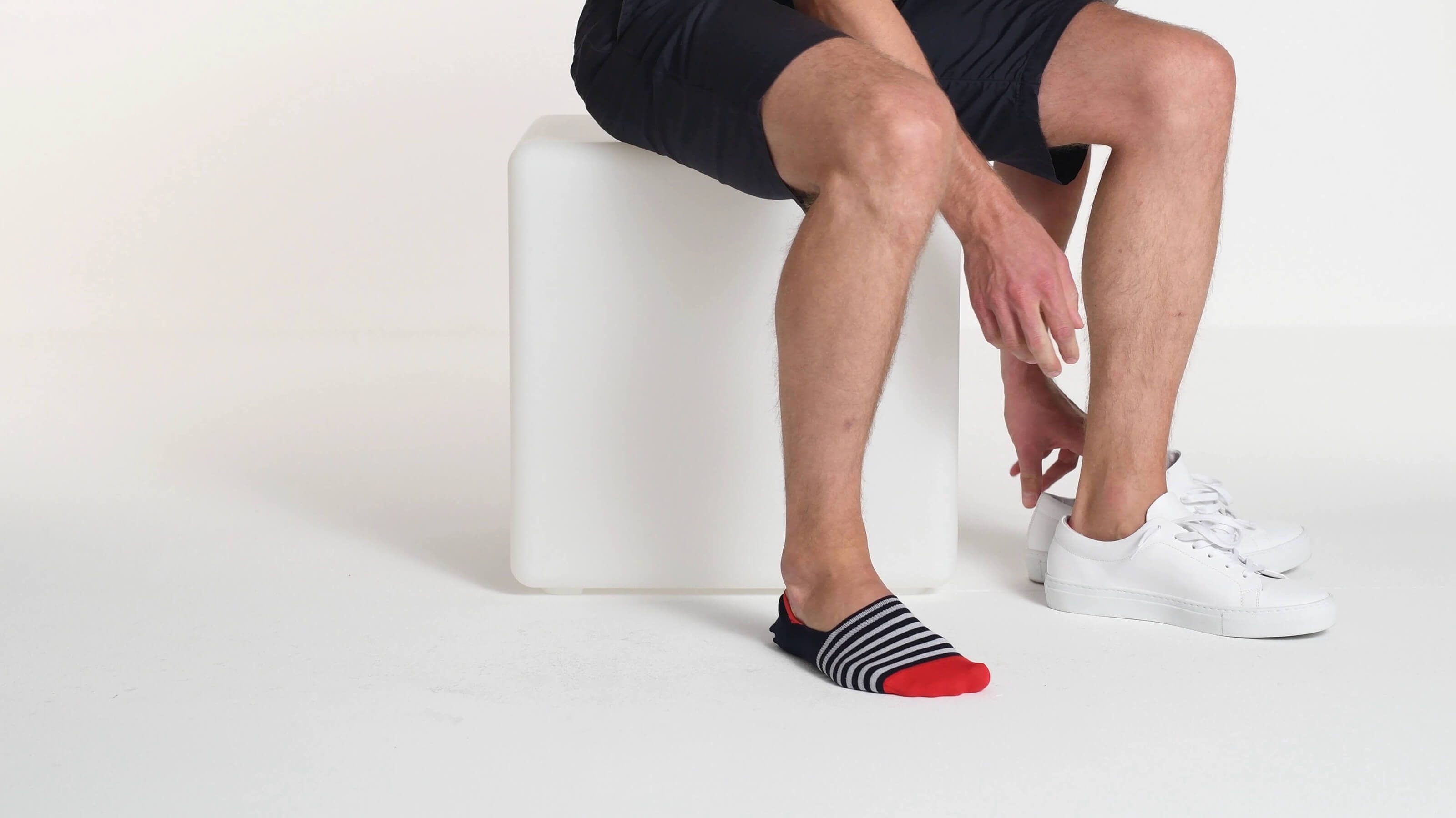 2019 professionell Farben und auffällig San Francisco Invisible Socks in Navy : Mit stilgerechten Streifen